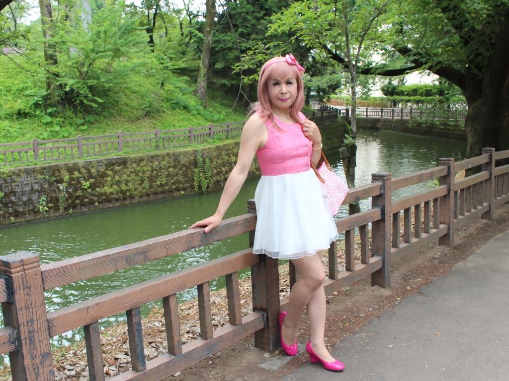 上ピンク下ホワイトワンピB(6)