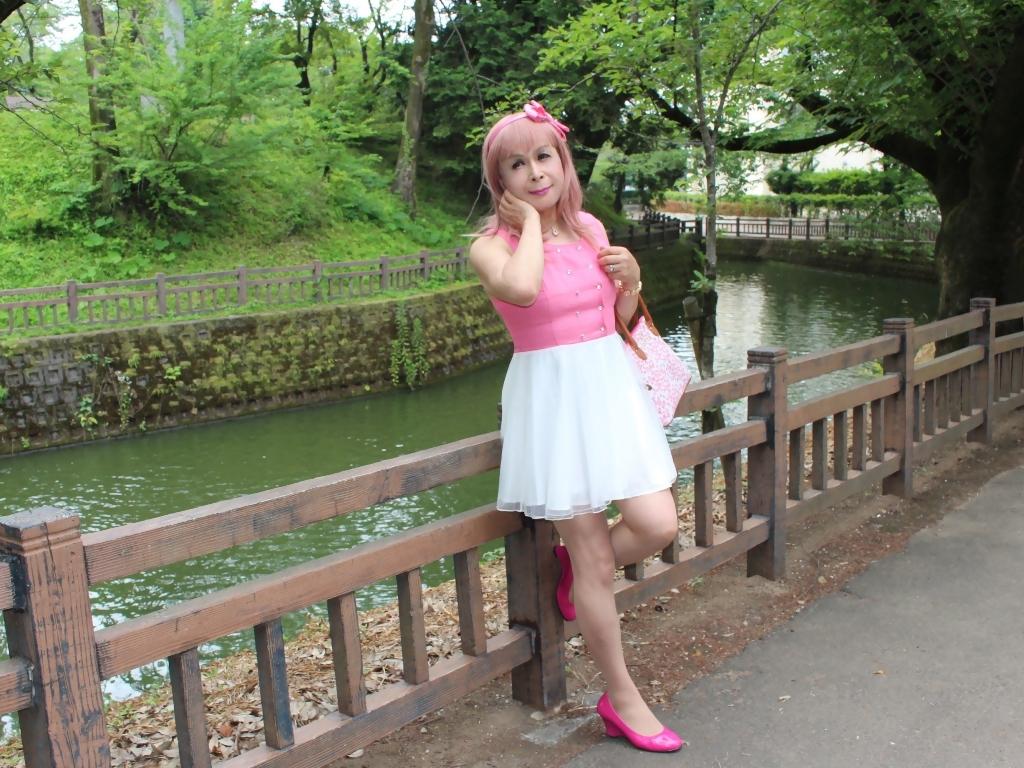 上ピンク下ホワイトワンピB(7)
