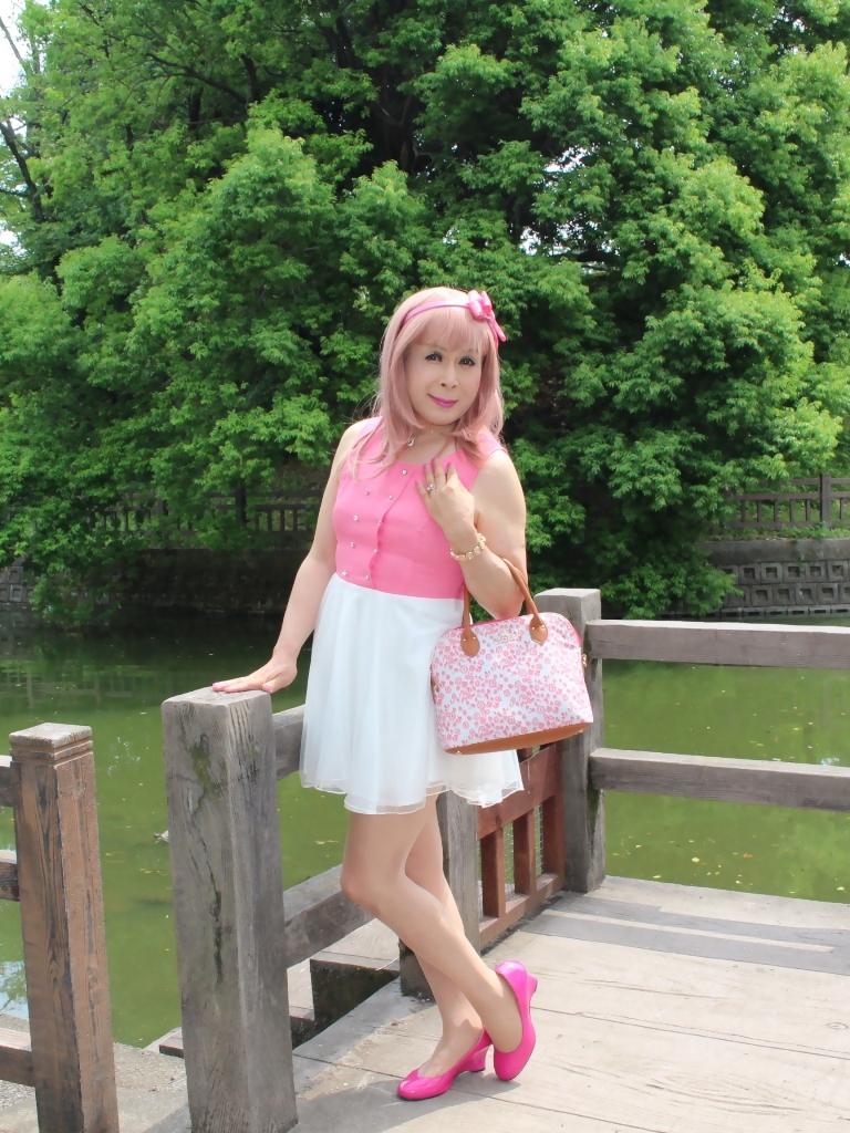 上ピンク下ホワイトワンピC(1)