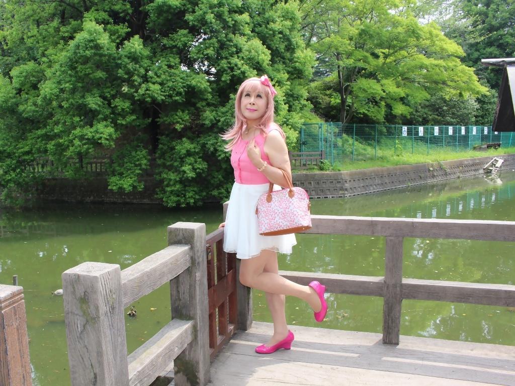 上ピンク下ホワイトワンピC(2)