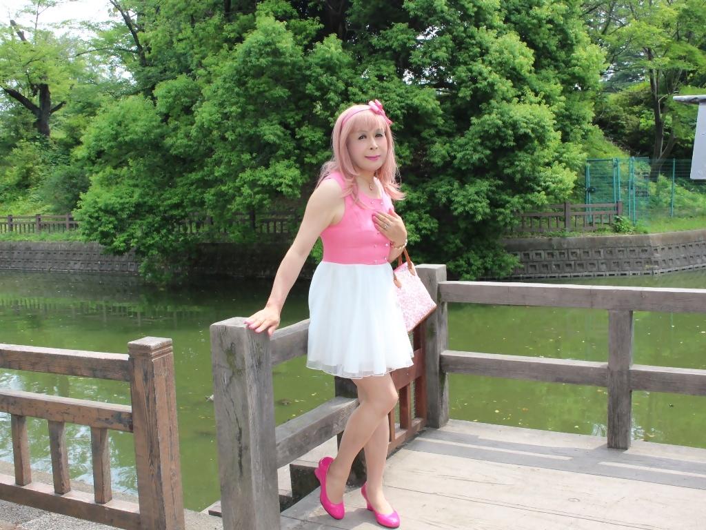 上ピンク下ホワイトワンピC(5)