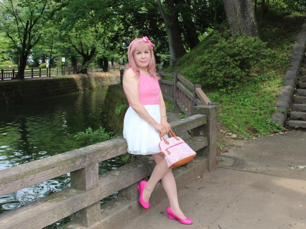 上ピンク下ホワイトワンピC(8)