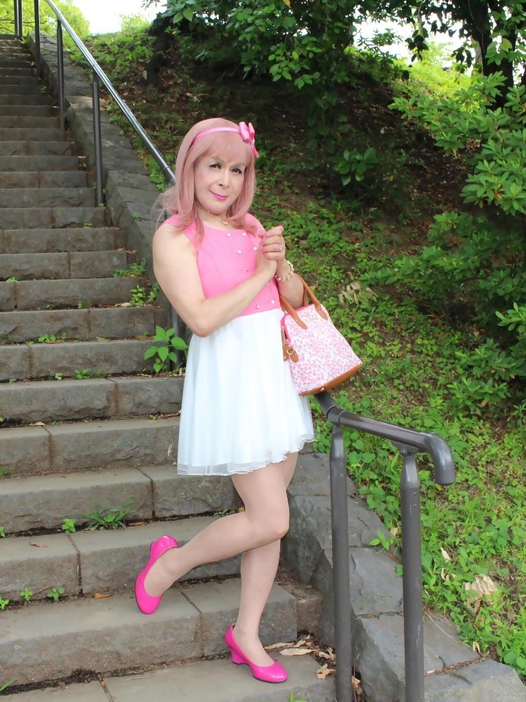 上ピンク下ホワイトワンピD(7)