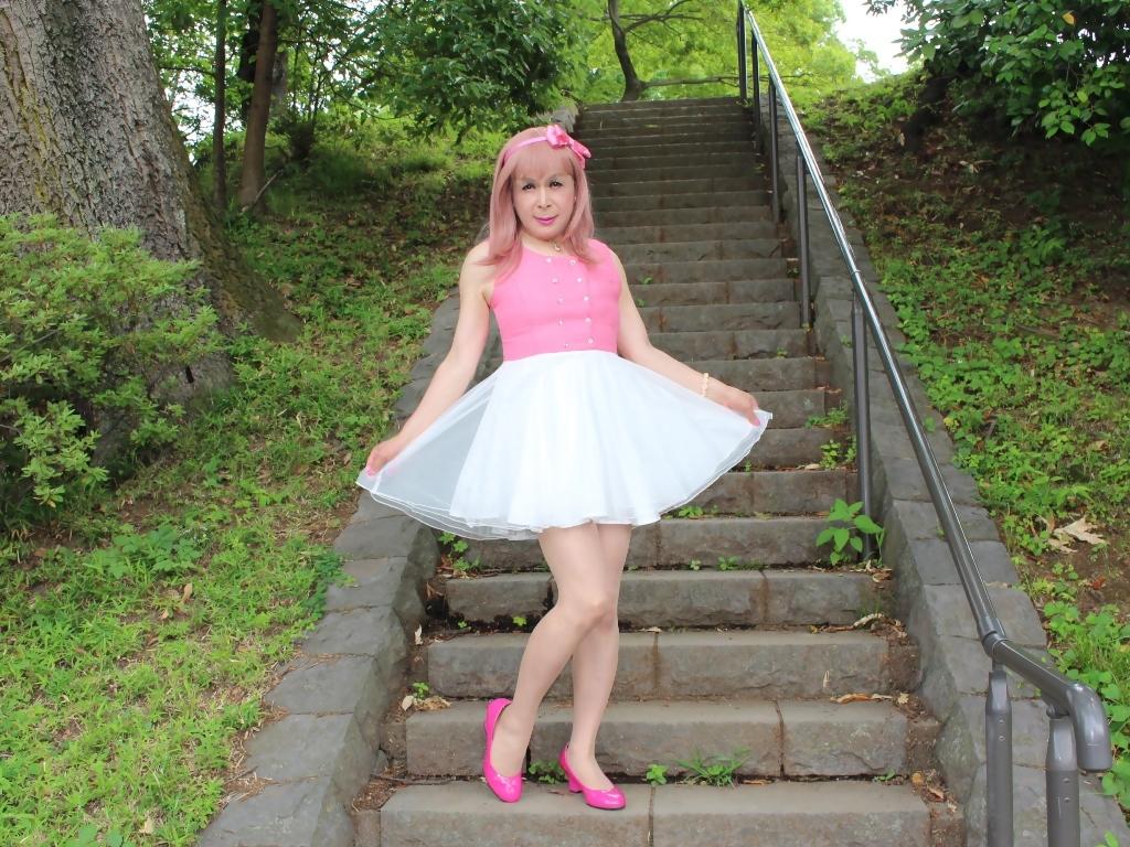 上ピンク下ホワイトワンピD(10)