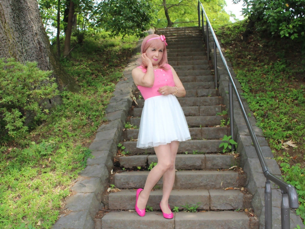 上ピンク下ホワイトワンピD(12)