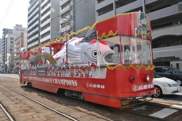 IMG_6421 花電車(640x427)