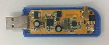 RTL2832U+R820T2基板表面