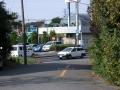 西新井宿900-2 川口ジャンクション交叉部下からの旧道(西新井宿・大明神へ)122号越え向う側を見る