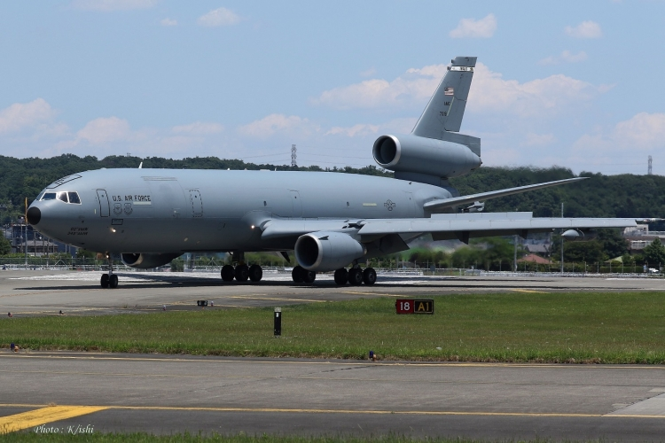 C-133.jpg