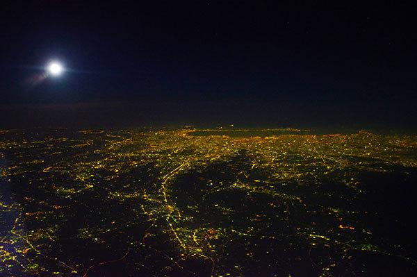 甲府上空から東京の夜景
