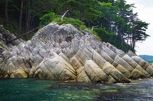 野島の岩礁(2)