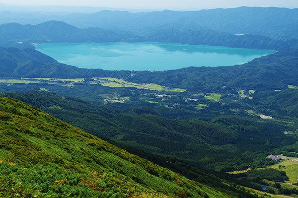 秋田駒ヶ岳から田沢湖