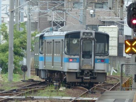 JR松山駅 7000系電車 2