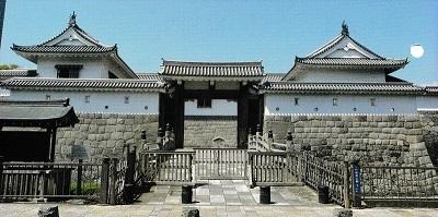 駿府城復元東御門