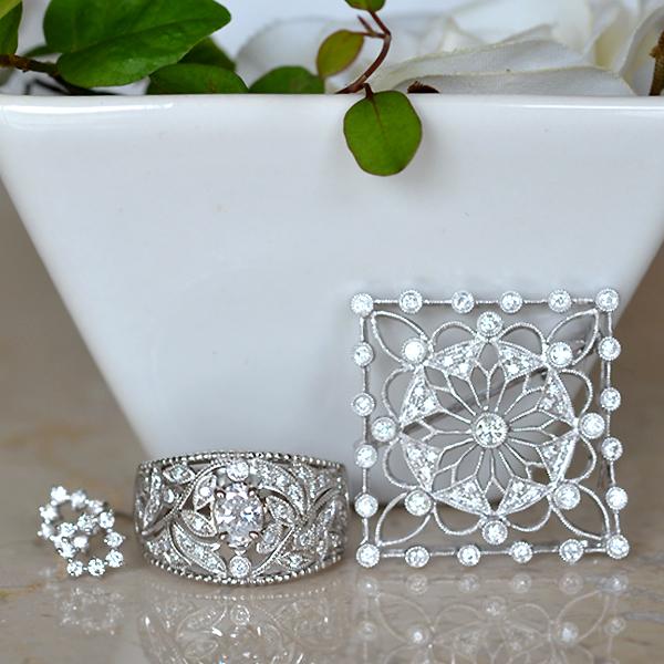 Pt900プラチナオーバルカットダイアモンド植物モチーフリング指輪ダイアモンドペンダントブローチピアス