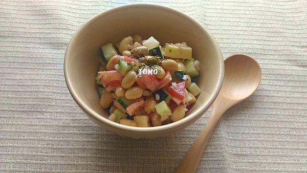 水煮大豆のコロコロサラダ