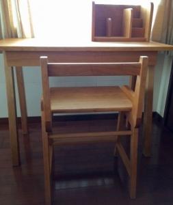 デスク(椅子)