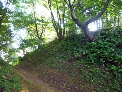 春日山城_東城砦