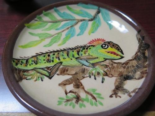 南島焼さんで買った物 グリーンイグアナのお皿