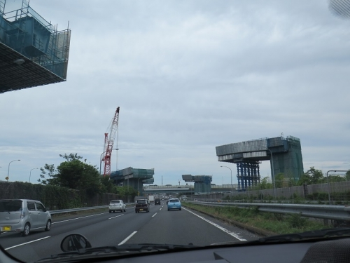 工事中の高速道路