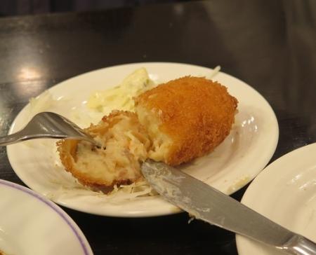 タラバガニのクリームコロッケ
