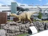 JR福井駅 フクイサウルス