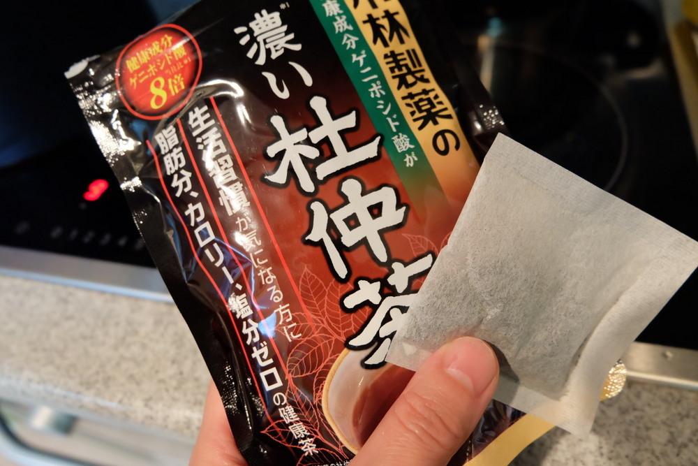 小林製薬杜仲茶02