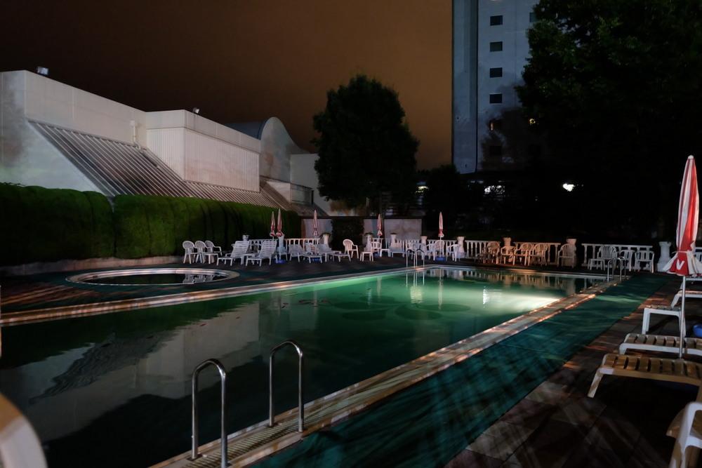 日航成田 屋外プール