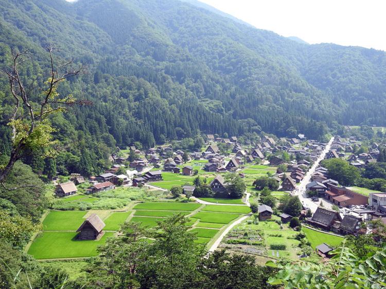 夏休み・お盆の旅行は、世界遺産を満喫する楽しい旅へ 1