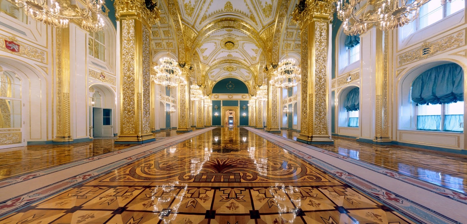Grand_Kremlin_Palace_Andreevsky_hall_1.jpg