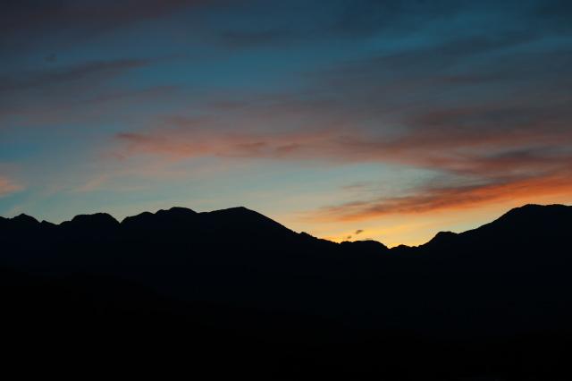 鞍掛山の夕焼け