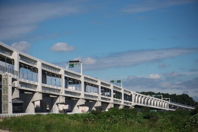 港北ICから首都高速の高架