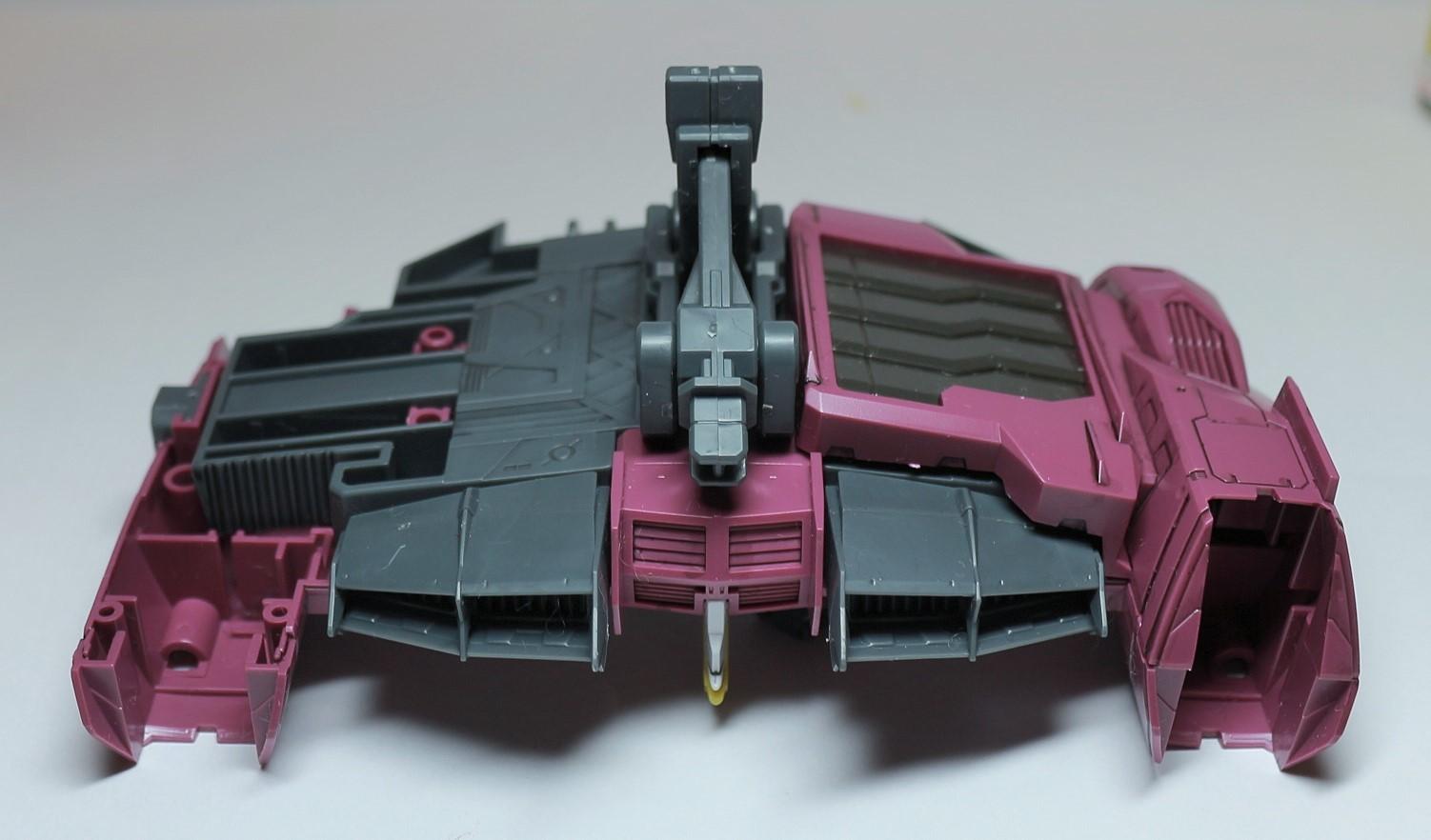 MG-Justice_Gundam-153.jpg