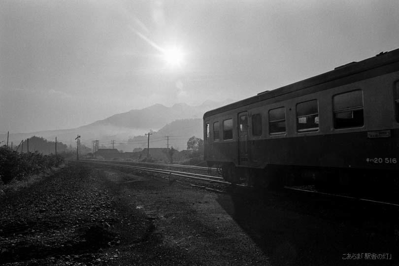 19407F.jpg