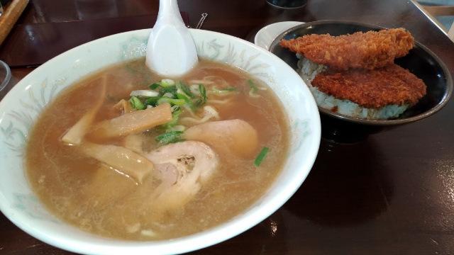 吉川 なかむら ラーメン定食