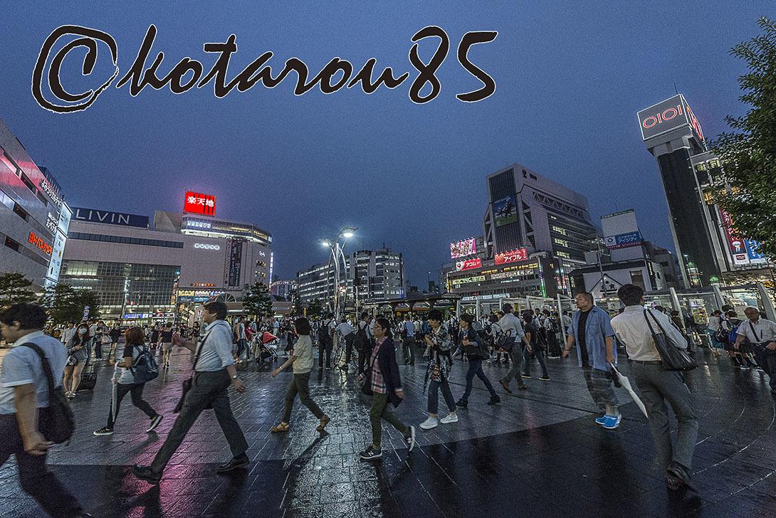 秋雨の錦糸町駅前2 20170908