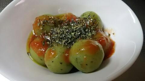 たねやバジルトマトだんご (3)