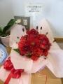 風船が割れてもお花は綺麗なまま!凄い作品です…