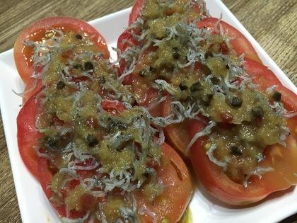 トマトのじゃこのせサラダ