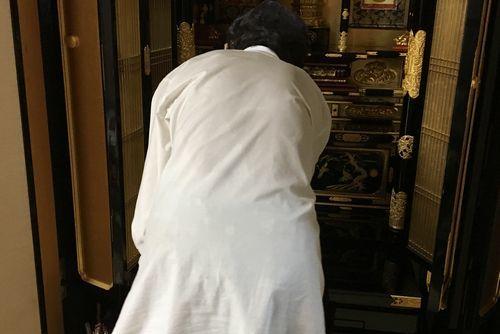 290724 仏壇掃除2