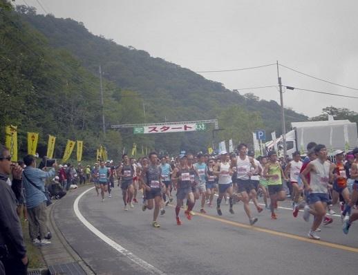 12 _IGP7323あかぎ大沼・白樺マラソン大会20kmスタート 170827