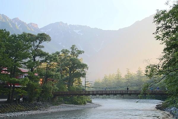 17早朝の河童橋2