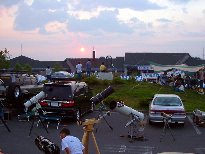 星まつり会場にて 望遠鏡03