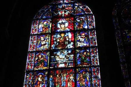 美しきガラス絵の聖母2
