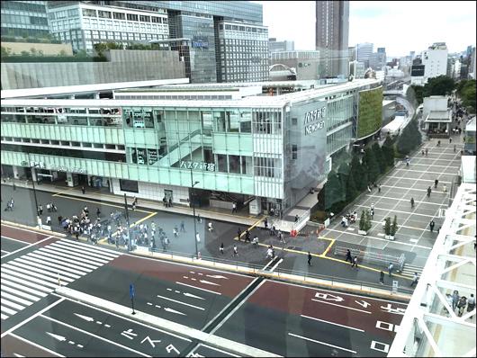 バスタ新宿正面2