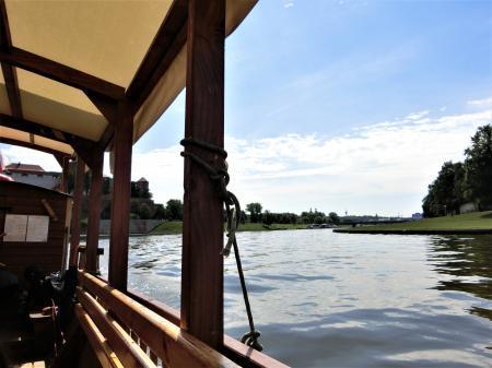 ティニエツ修道院への行き方 水上トラム2