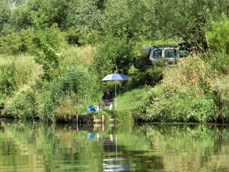 ティニエツ修道院への行き方 水上トラム14