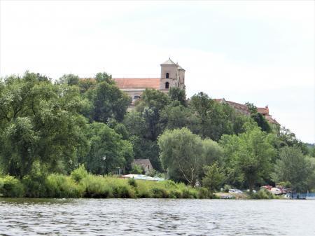 ティニエツ修道院への行き方 水上トラム25