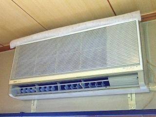 170723_4793 掃除仕立てのPC部屋のエアコン(カバー無し)VGA