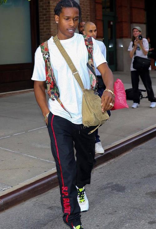エイサップ・ロッキー(A$AP Rocky):エスピーバドゥ(S.P. BADU)/ディオールオム(Dior Homme)